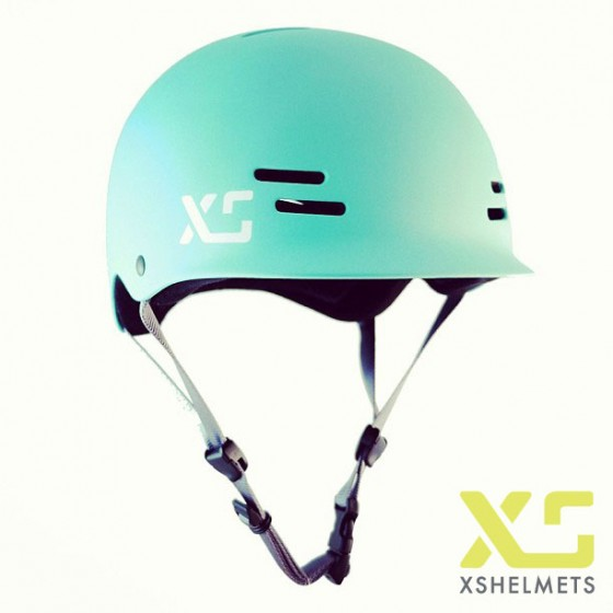 A model XS Helmet has shared which looks like it's based on Predator's FR7